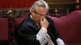 Le juge Baltasar Garzon à l'ouverture de son procès au Tribunal suprême de Madrid, le 17 janvier 2012.