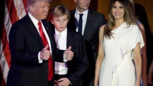 Семья избранного президента Дональда Трампа после победы на выборах, 8 ноября 2016.