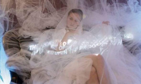 """法國攝影藝術家列奧納多馬可仕(Leonardo Marcos)在GALERIE DU PASSAGE進行""""美的長廊""""攝影展"""