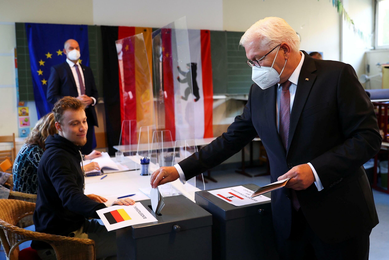 GERMANY-ELECTION-VOTING-STEINMEIER