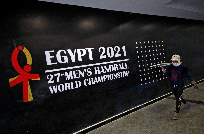 handball 2021-01-12T233642Z_904761582_RC2N6L9X4XUY_RTRMADP_3_HANDBALL-WORLD 2