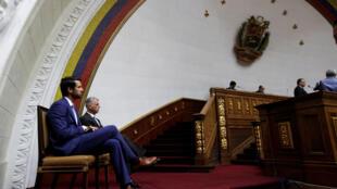 En réponse à l'expulsion du diplomate canadien Craig Kowalik (ici sur la photo), Ottawa a décidé d'expulser l'ambassadeur vénézuélien au Canada.
