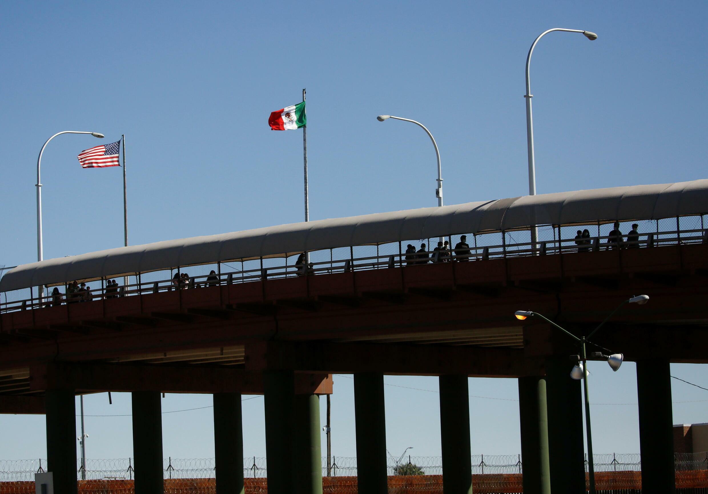 Ciudad Juarez, le 25 août 2021. Un pont-frontière entre les États-Unis et le Mexique. Les journalistes afghans eux sont arrivés par avion.