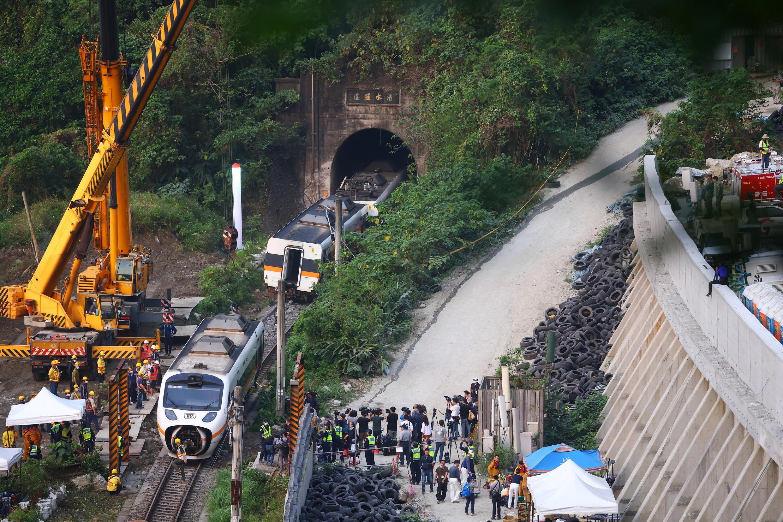 Taiwan crash train