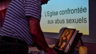 Igreja pedofilia