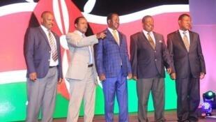 Vigogo wa NASA kuanzia kulia, Isaac Ruto, Kalonzo Musyoka, Raila Odinga, Musalia Mudavadi na  Moses Wetangula