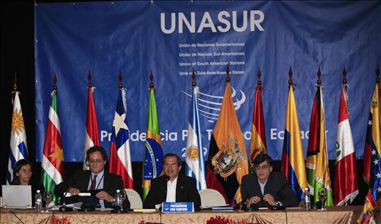 Cúpula da Unasul ainda sobre presidencia rotativa do Equador, 29 de julho de 2010.