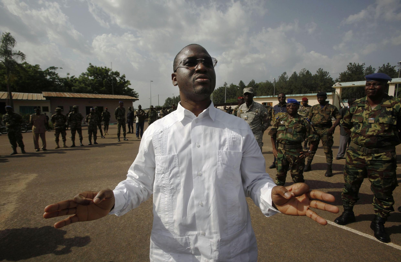Ông Guillaume Soro, nguyên Thủ tướng dưới chính quyền Gbagbo, được bổ nhiệm Thủ tướng trong tân chính phủ.