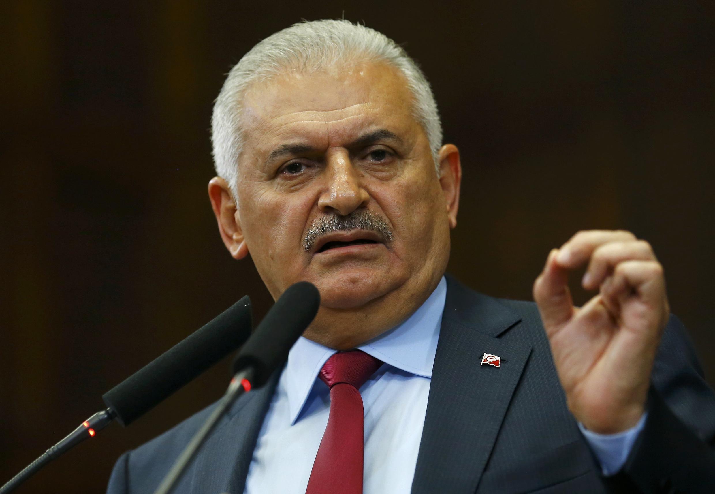 بینالی یلدیریم، نخست وزیر ترکیه اعلام کرد که دولت با احزاب اپوزیسیون، برسر تغییر قانوناساسی به توافق رسیده است.