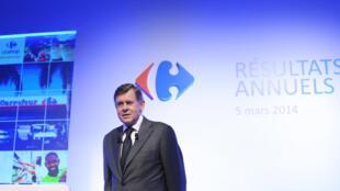 Le PDG du groupe de distribution Carrefour, Georges Plassat, lors de la présentation des résultats du groupe, à Paris, le 5 mars 2014.