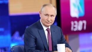 2021-06-30T092723Z_495116016_RC2XAO9P6VN2_RTRMADP_3_RUSSIA-PUTIN