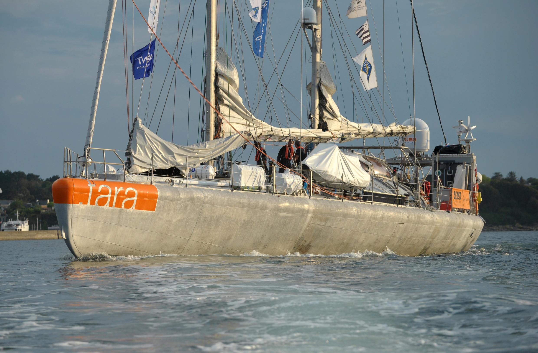 Tàu Tara Pacific rời cảng Lorient, miền tây nước Pháp, ngày 28/05/2016, khởi đầu chuyến nghiên cứu dài ngày tại Thái Bình Dương.