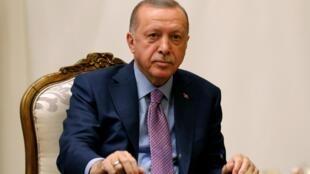 Le président turc Recep Tayyip Erdogan lors de sa rencontre avec le vice-président américain Mike Pence, jeudi.