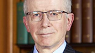 法官Robert Reed