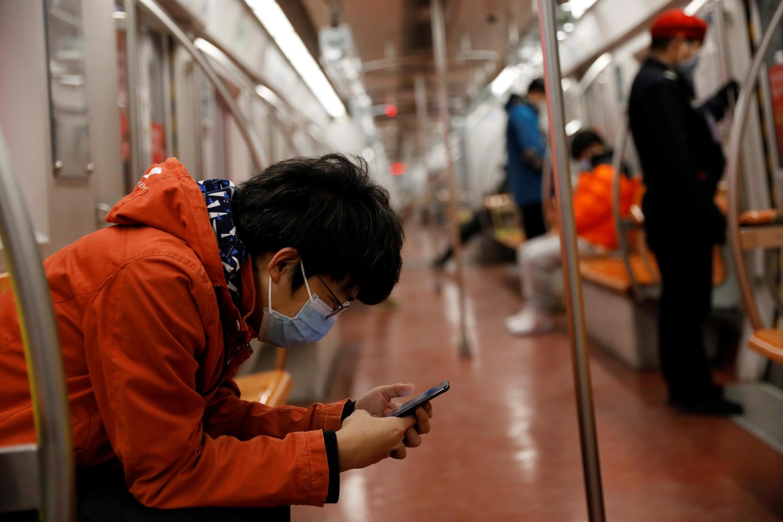 Tầu điện ngầm ở Bắc Kinh, Trung Quốc, vắng người vì dịch virus corona mới, ngày 10/02/2020.