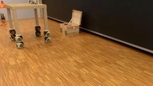Chaque appareil est programmé pour s'agglutiner et former un objet à la demande.