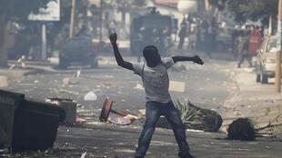 Confrontos em Dacar, Senegal.
