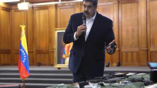 Le président vénézuélien Nicolas Maduro, lors d'une rencontre avec le haut commandement de l'armée vénézuélienne au palais de Miraflores à Caracas, le 4 mai 2020.