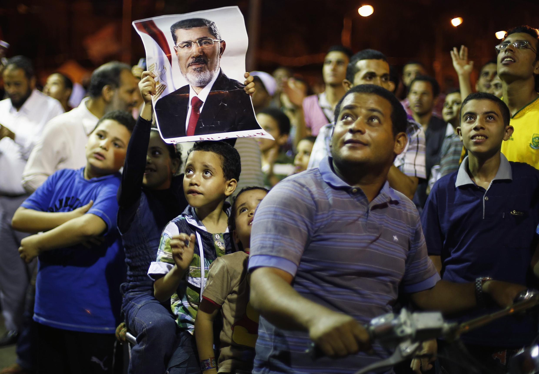 Les manifestants pro-Morsi sont persuadés que leur combat ne fait que commencer. Ils sont chaque jour plus nombreux à se mobiliser au Caire.