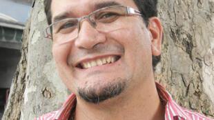 Luis Do Santos