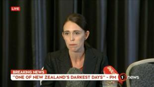 Jacinda Ardern, Waziri Mkuu wa New Zealand, akizungumza kupitia televisheni.