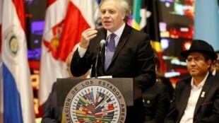 El secretario general de la OEA Luis Almagro en la apertura de la 49° Asambla General de la OEA en Medellín, Colombia, el 26 de junio de 2019.