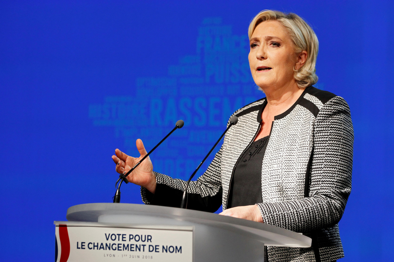 Марин Ле Пен объявляет об изменени названия партии 1 июня 2018 года
