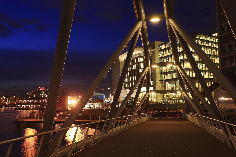 La bibliothèque centrale d'Amsterdam, aux Pays-Bas, est ouverte 98 heures par semaine.