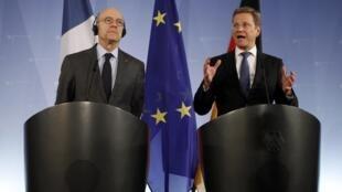 Cuộc họp NATO tại Berlin với 2 bộ trưởng Pháp và Đức Reuters)