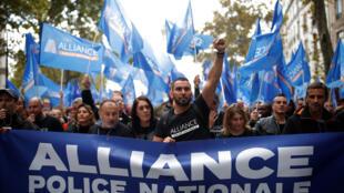 Le 2 octobre, 27000 policiers défilaient à Paris lors de la «Marche de la colère» contre leurs mauvaises conditions de travail.