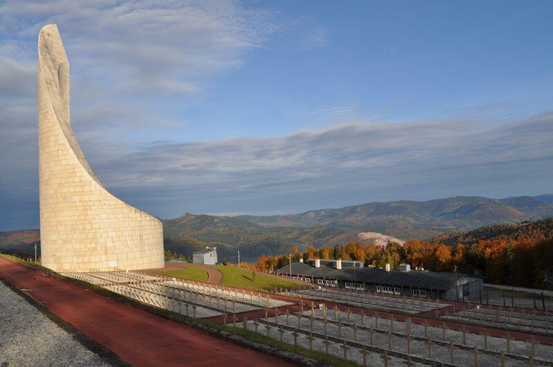 Мемориал в бывшем нацистском концлагере Штрутгоф