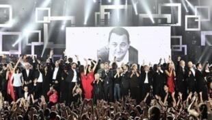 "Участники проекта ""Les enfoirés"" и память актера Колюша"