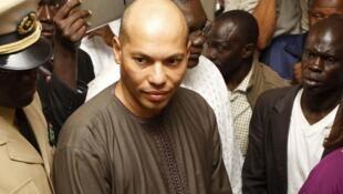 Karim Wade, mtoto wa aliekua rais wa Senegal Abdoulaye Wade atuhumiwa kupata utajiri kinyume cha sheria.