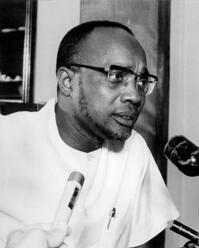 Amilcar Cabral, fundador do PAIGC, discursando em Cuba, em 1970.