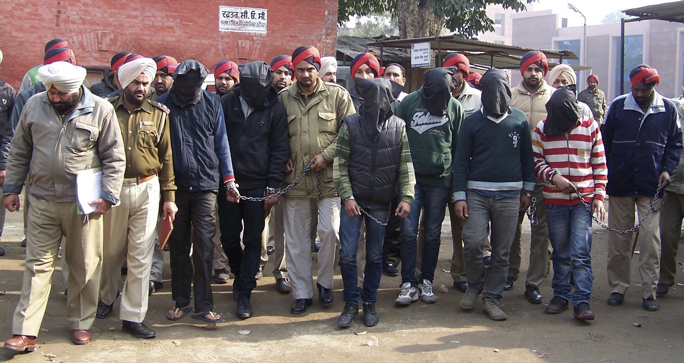 Índia vai julgar 6º suspeito de estupro coletivo como menor de idade.
