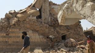 bâtiment détruit par des frappes de l'armée syrienne et de ses alliés, près de la ville de Saraqeb, dans la province d'Idleb (photo d'illustration).