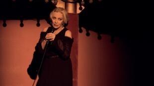 Мари Лафоре в 2005 году на сцене парижского Театра Буфф