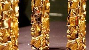 O prêmio César, desenhado pelo artista César.