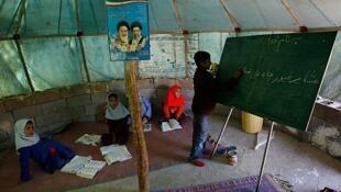 چادر درس دختران و پسران عشاير ايل خمسه فسا