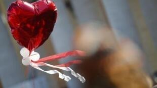 Des traditions ou bien des habitudes de consommation pour la Saint-Valentin.