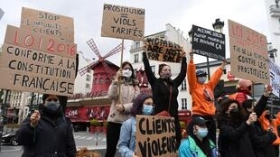 manifestation-prostitution-paris-avril-2021