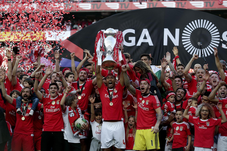 O Benfica sagrou-se Campeão de Portugal na temporada 2015-2016.