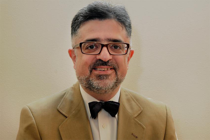 جمشید اسدی، استاد اقتصاد در فرانسه