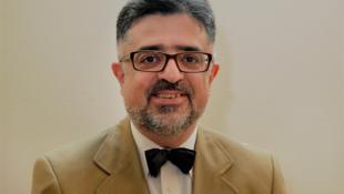جمشید اسدی استاد استراتژی اقتصادی در مدرسۀ بازرگانی دیژون