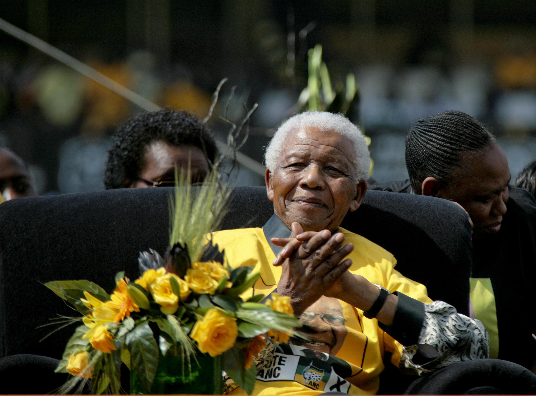 Nelson Mandela lors du lancement de la campagne officielle de Jacob Zuma à Johannesburg, le 19 avril 2009.