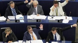 A majority of MEPs backed the new Swift deal