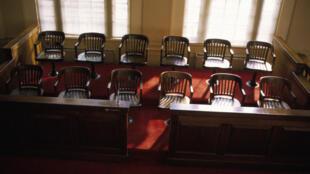 Les jurés continueront à décider selon leur «intime conviction»
