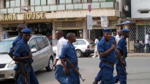 Des policiers à Bujumbura, le 26 septembre 2014.