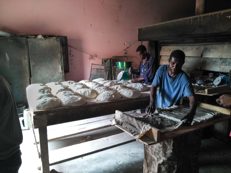 Cette boulangerie de Kidal travaille au ralenti en raison de la situation sécuritaire.