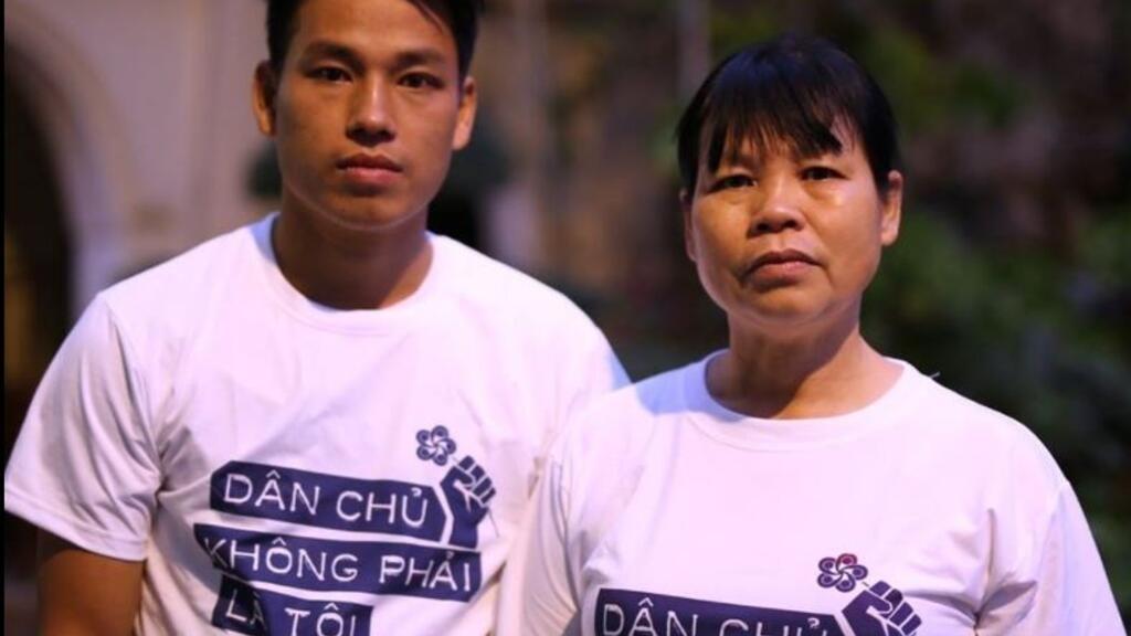 HRW kêu gọi trả tự do cho nhà hoạt động dân chủ Cấn Thị Thêu và hai con